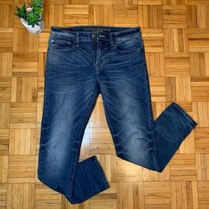 AMERICAN EAGLE Extreme Flex Skinny Fit Jeans